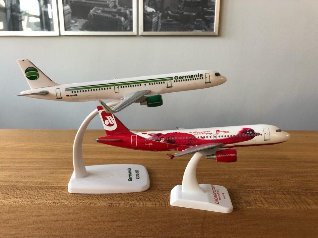 Germania und Air Berlin Flugzeuge