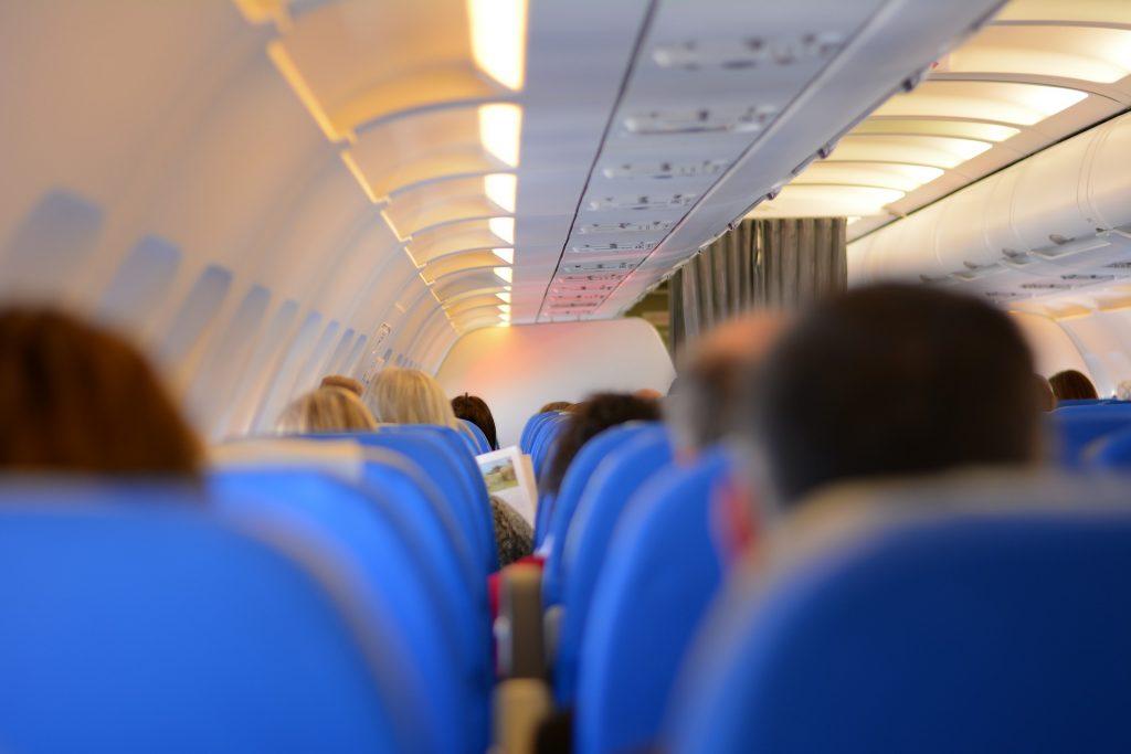 Passagiere Flugzeug